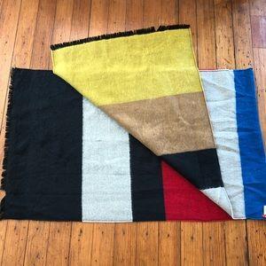 🧣Never Worn Color Blocked Blanket Scarf🧣